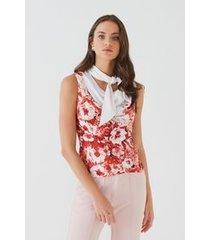 blusa degagê floral carmenere