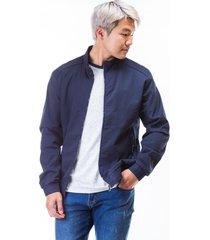 chaqueta azul para hombre cremallera frontal y bolsillos laterales