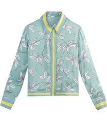 blommig skjorta med lång ärm