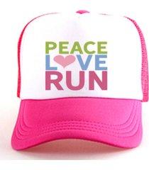 boné trucker corrida estampado snapback  rosa e branco - peace love run rosa