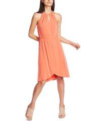 1.state keyhole seam-waist dress