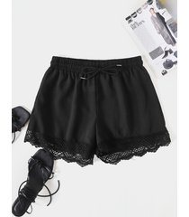 shorts casuales con cordón y dobladillo de encaje