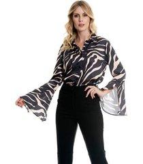 camisa bisô flare estampada feminino