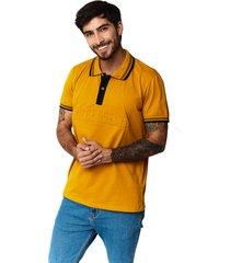 camiseta tipo polo-puntazul-mostaza-41431