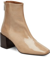 inga black leather shoes boots ankle boots ankle boots with heel beige flattered
