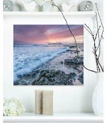 "designart 'sunset on cape trafalgar beach' seascape metal wall art - 20"" x 12"""