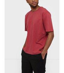 tiger of sweden jeans pro bas t-shirts & linnen röd