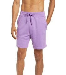 alo chill shorts, size medium in bright orchid at nordstrom