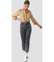 na-kd cropped 5 pocket jeans - grey