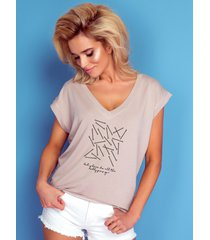 t-shirt vneck