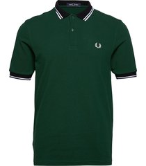 contrast polo shirt polos short-sleeved grön fred perry