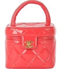 chanel pre-owned 1994-1996 quilted hand vanity case - red
