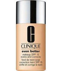 base clinique - even better makeup broad spectrum spf 15 30 biscuit