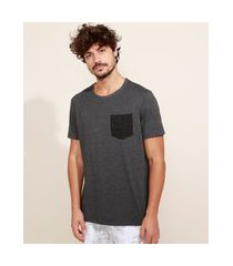 camiseta masculina básica com bolso manga curta gola careca cinza mescla escuro