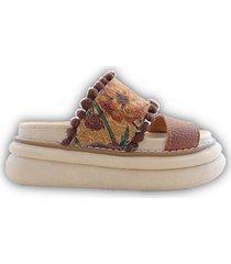 sandalia marrón rigazio