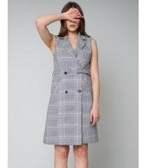 sukienka kopertowa midi z guzikami