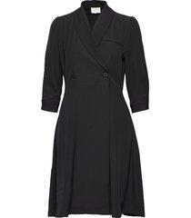 violetta dress knälång klänning svart minus