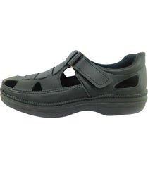 sandalia negra free confort aguila