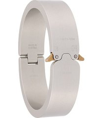 1017 alyx 9sm polished buckle bracelet - silver