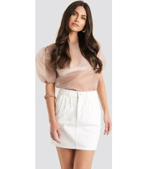 na-kd trend front pleat short denim skirt - white