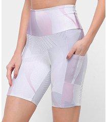 bermuda morena rosa ciclista bolso quadrado feminina