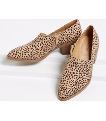 maurices womens amanda leopard stitch low side shootie brown