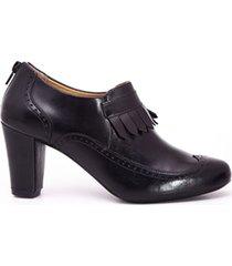 zapatos de tacón con copete de flecos oxford negro caprino
