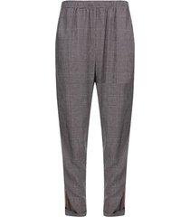pantalón con cinta a los costados color negro, talla 10