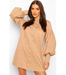 blouse jurk met volle mouwen en hoge kraag, steenrood