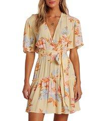 women's billabong one & only floral dress, size medium - yellow