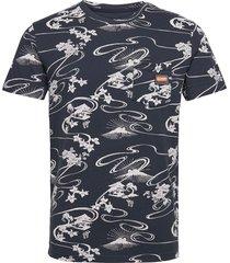 aop pocket tee t-shirts short-sleeved blå superdry