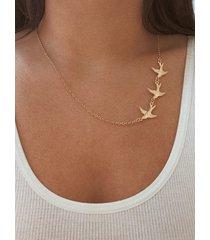 collar de oro simple de tres golondrinas