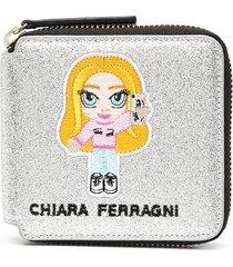 chiara ferragni embroidered logo zip wallet - silver
