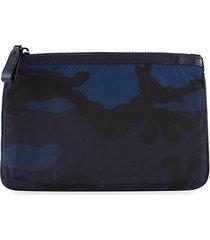 mini camouflage-print pouch
