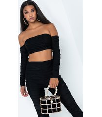 akira stack em high off the shoulder crop top