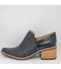 zapato negro bettona curitiva1