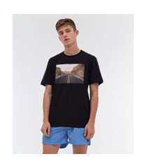 camiseta estampa fotoprint estrada entre montanhas skatista | ripping | preto | g
