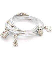pulseira crisfael acessórios em couro com tiras finas e cinco pingente crisfael acessórioss prata prata
