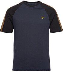 colour block t-shirt t-shirts short-sleeved blå lyle & scott