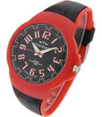 reloj rojo montreal