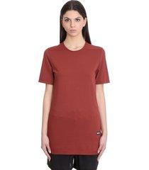 level t-shirt in bordeaux cotton