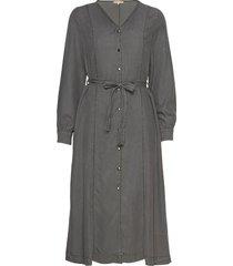 aura midi dress knälång klänning grå soft rebels