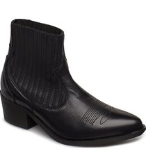 cruz leather shoes boots ankle boots ankle boots with heel svart pavement