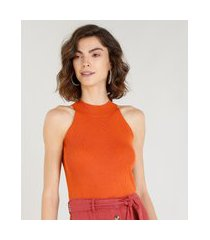 regata feminina halter neck canelada em tricô laranja