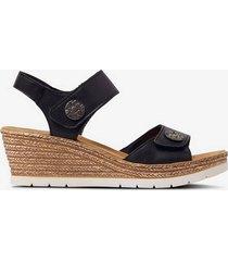 sandalett med kilklack
