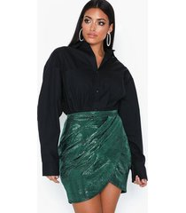 nly one metallic wrap skirt minikjolar