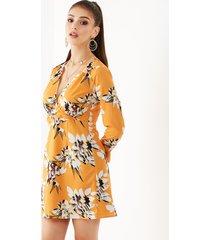 yoins amarillo estampado floral al azar escote en v mangas largas gasa vestido