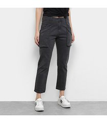 calça cargo disparate sarja curta cintura alta feminina