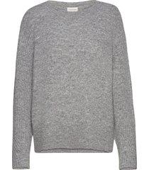 ana stickad tröja grå by malene birger
