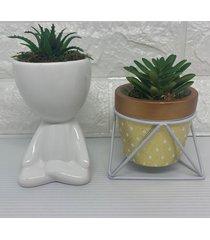conjunto de vaso geomértico e bob branco com suculenta